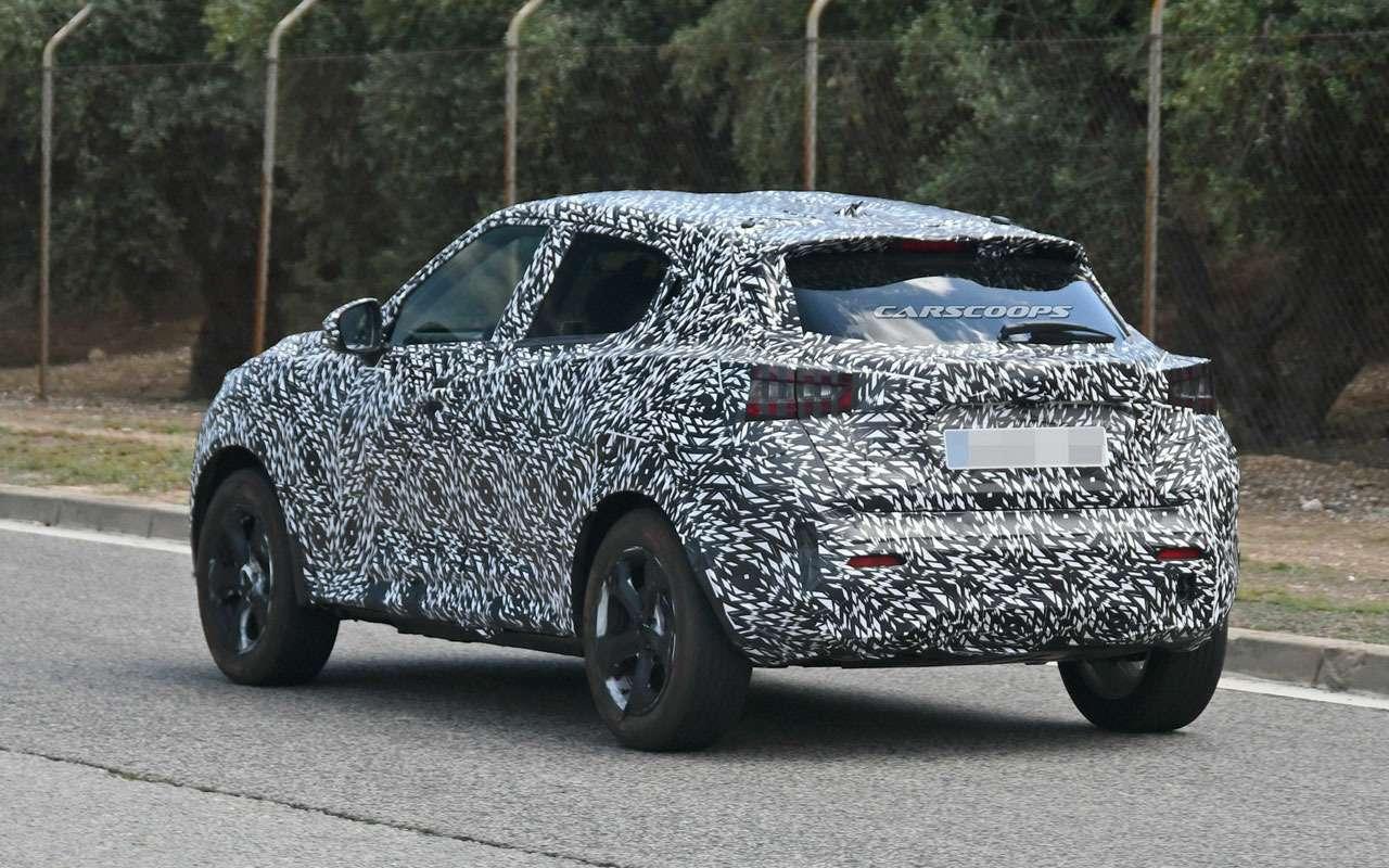 Новый Nissan Juke станет просторнее— фото 980126