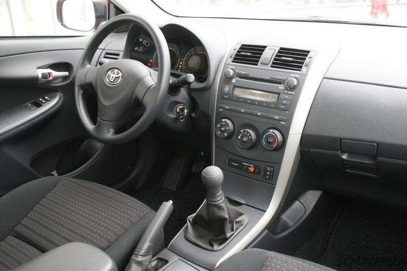 Toyota Corolla: Аленький цветочек— фото 92269