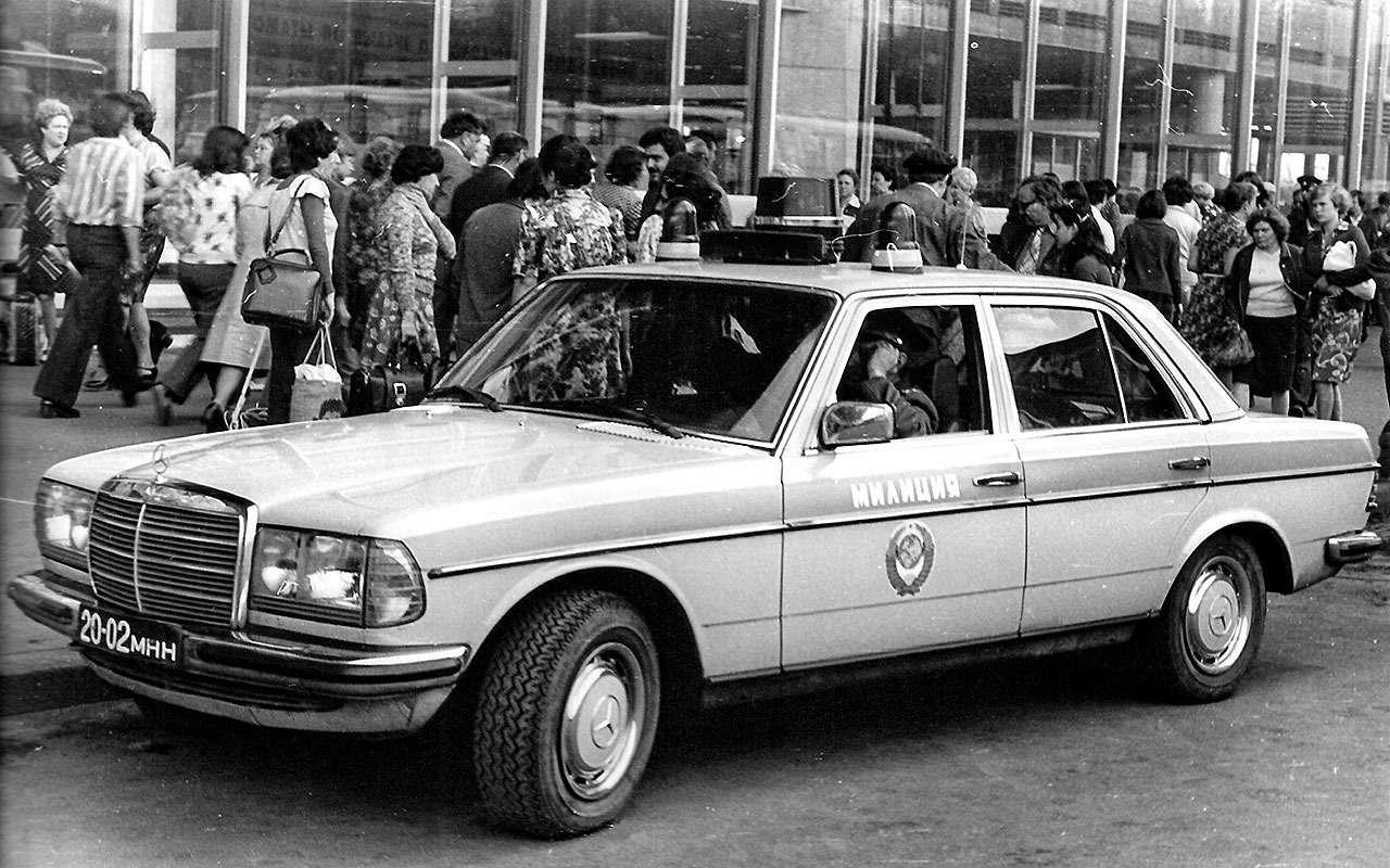 Mercedes-Benz семейства W123.