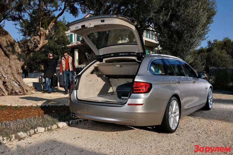 2011-BMW-5-Series-Touring10