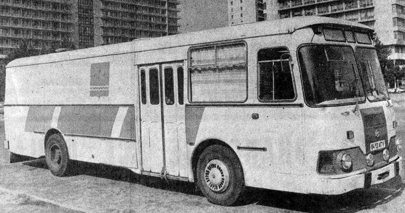 Нарочно не придумаешь: 10самых чудных советских грузовиков