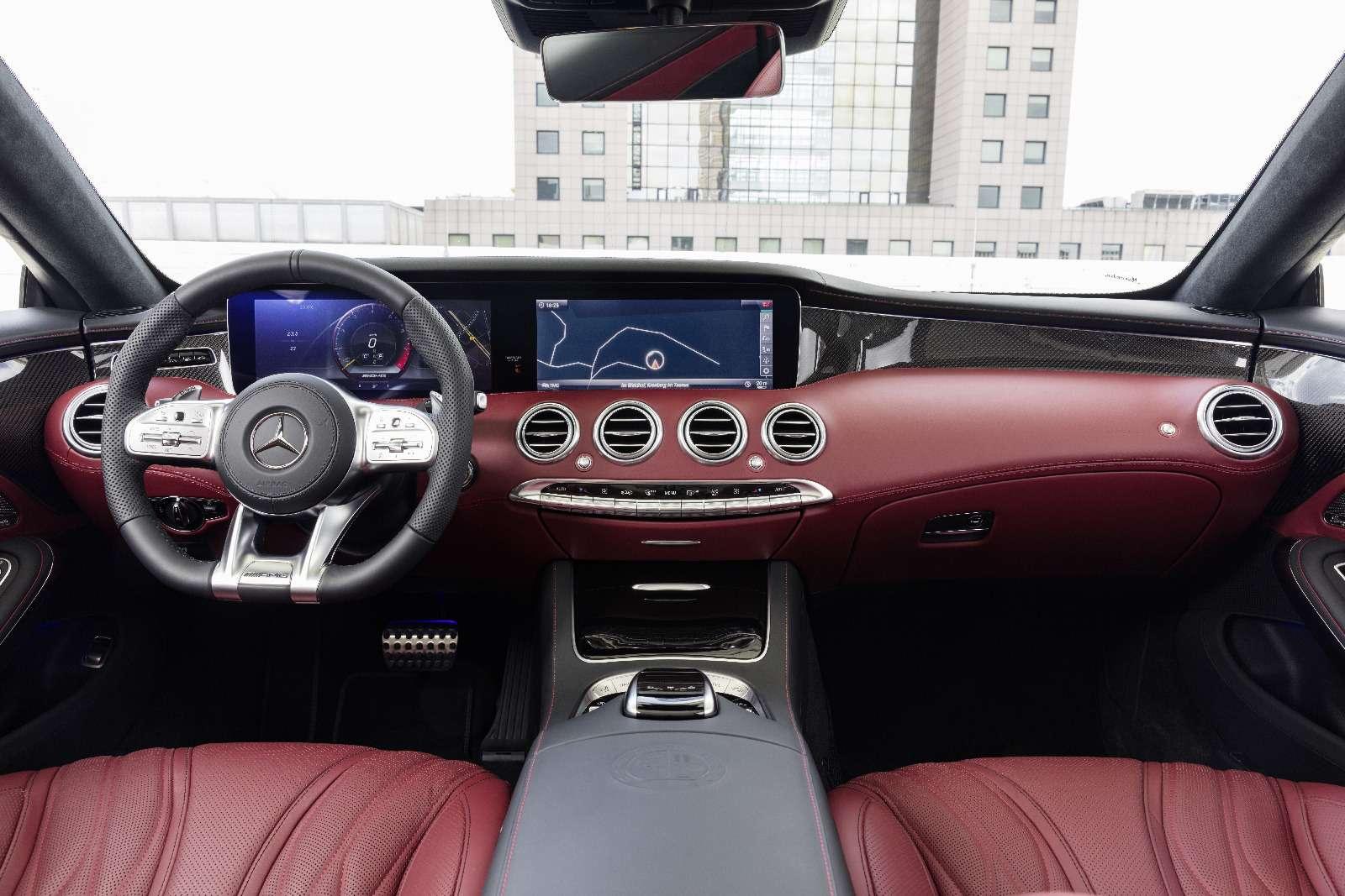 Mercedes-Benz обновил свои самые крутые модели— фото 791057
