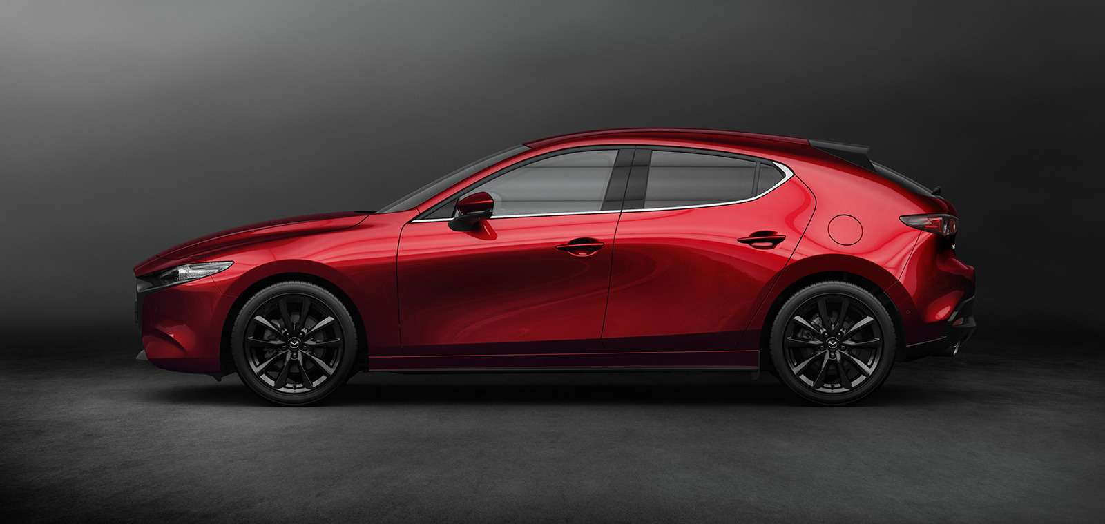 Новая Mazda 3: рассматриваем вдеталях совсех сторон— фото 928210
