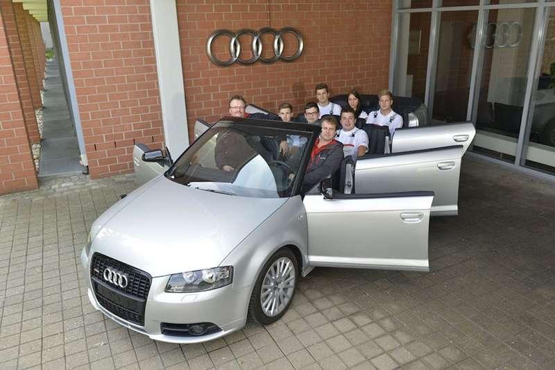 audi-a3-cabriolet-six-doors-4_2560