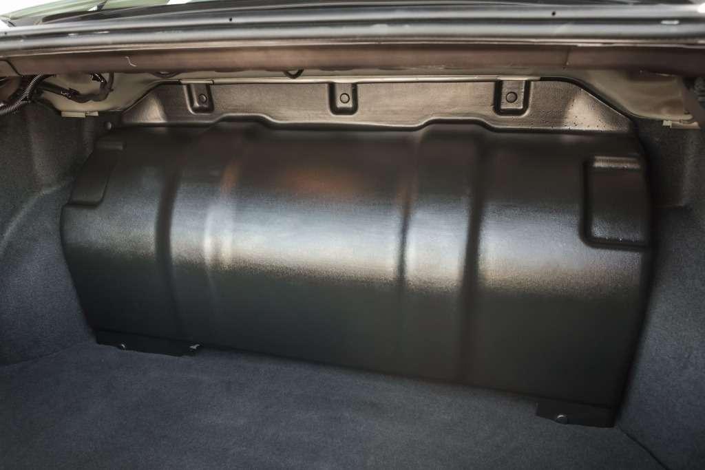 1000 километров наодной заправке: битопливная Веста пошла всерию— фото 762337
