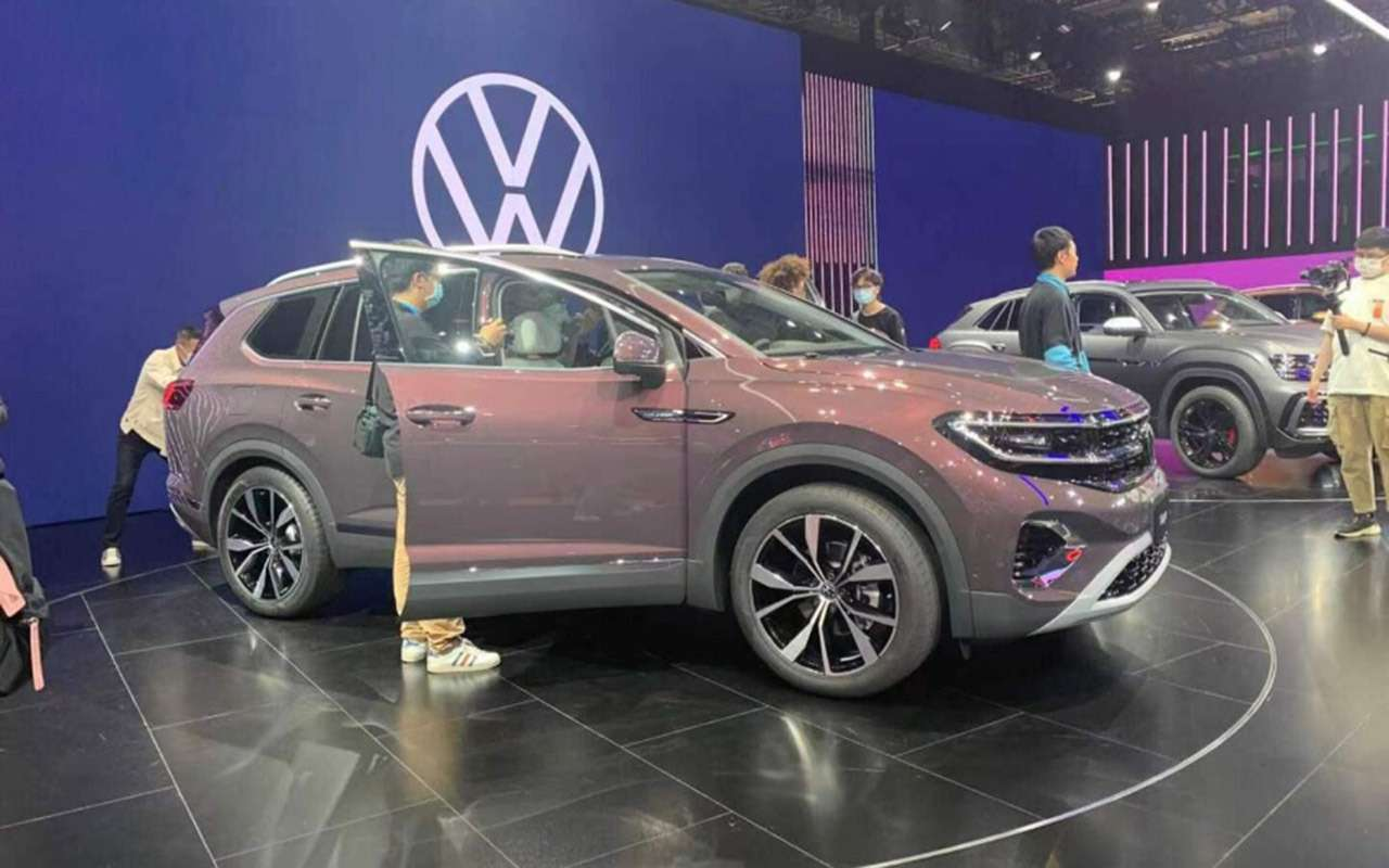 Volkswagen представил гигантский кроссовер Talagon— фото 1241316
