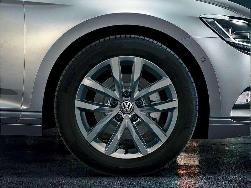 Volkswagen_Passat_SELECT_Salvador_Alloy_Wheel