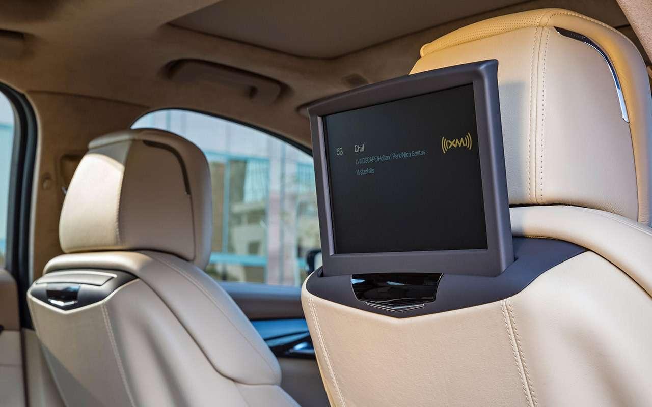 Cadillac CT6: тест-драйв соглядкой наТрампа— фото 867849