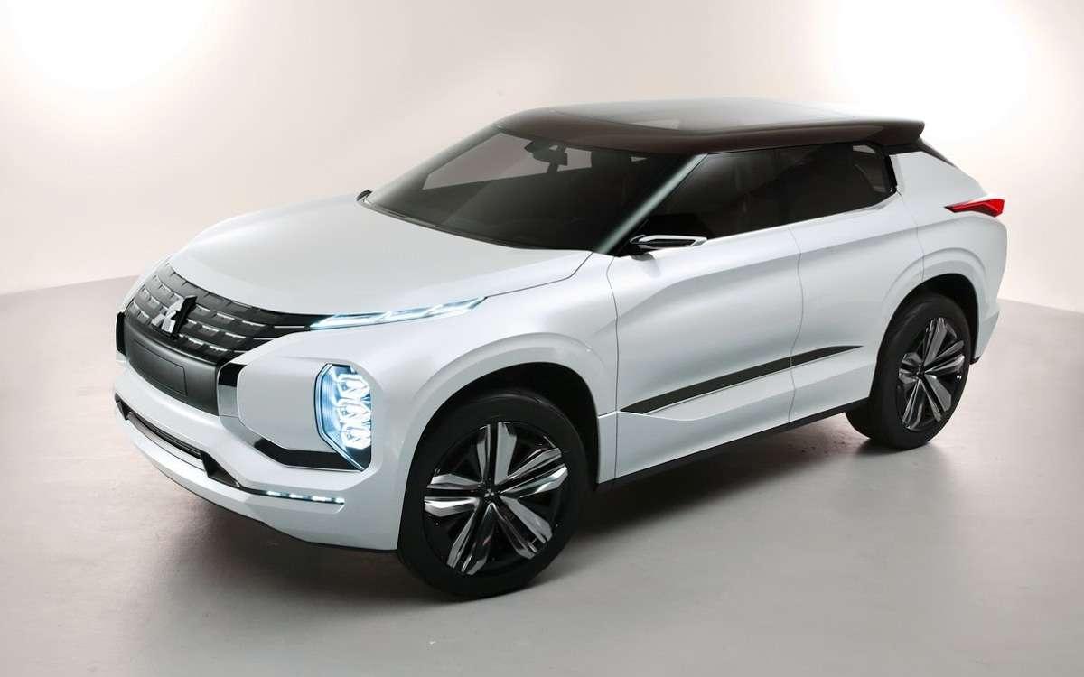 Метеозависимый: Mitsubishi рассказала оталантах вседорожника GT-PHEV— фото 641459
