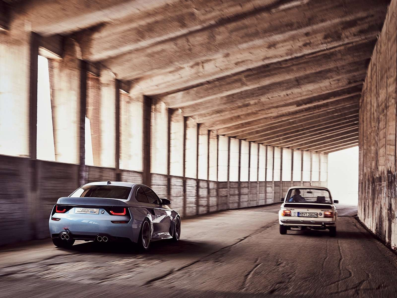 Иллюзия легенды: BMW поупражнялась натему 2002 turbo— фото 590506