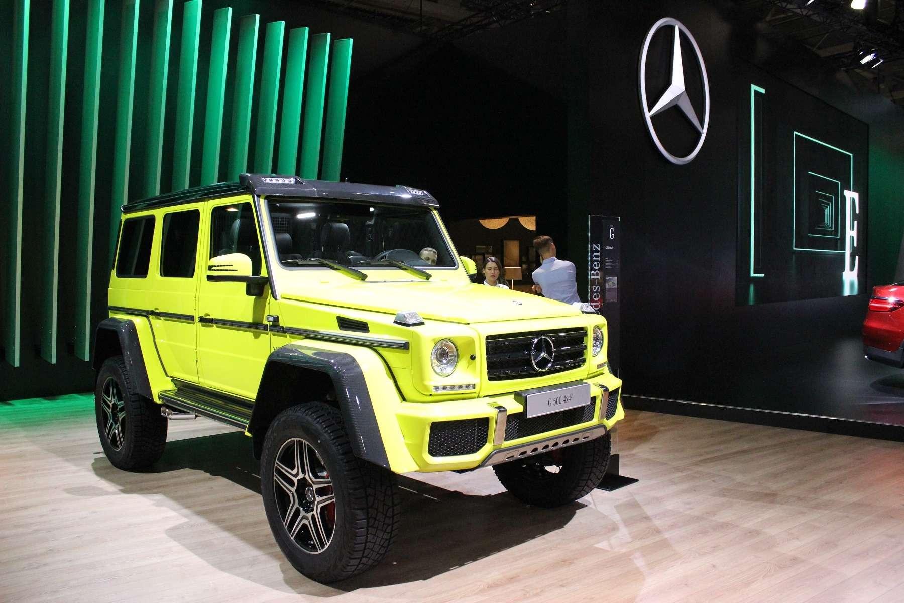 Стенд или шоу-рум: Mercedes-Benz E-класса ивсе-все— фото 624464
