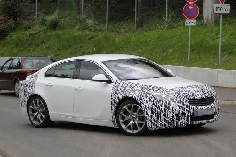 Facelifted Opel Insignia OPC test prototype side-front view_no_copyright