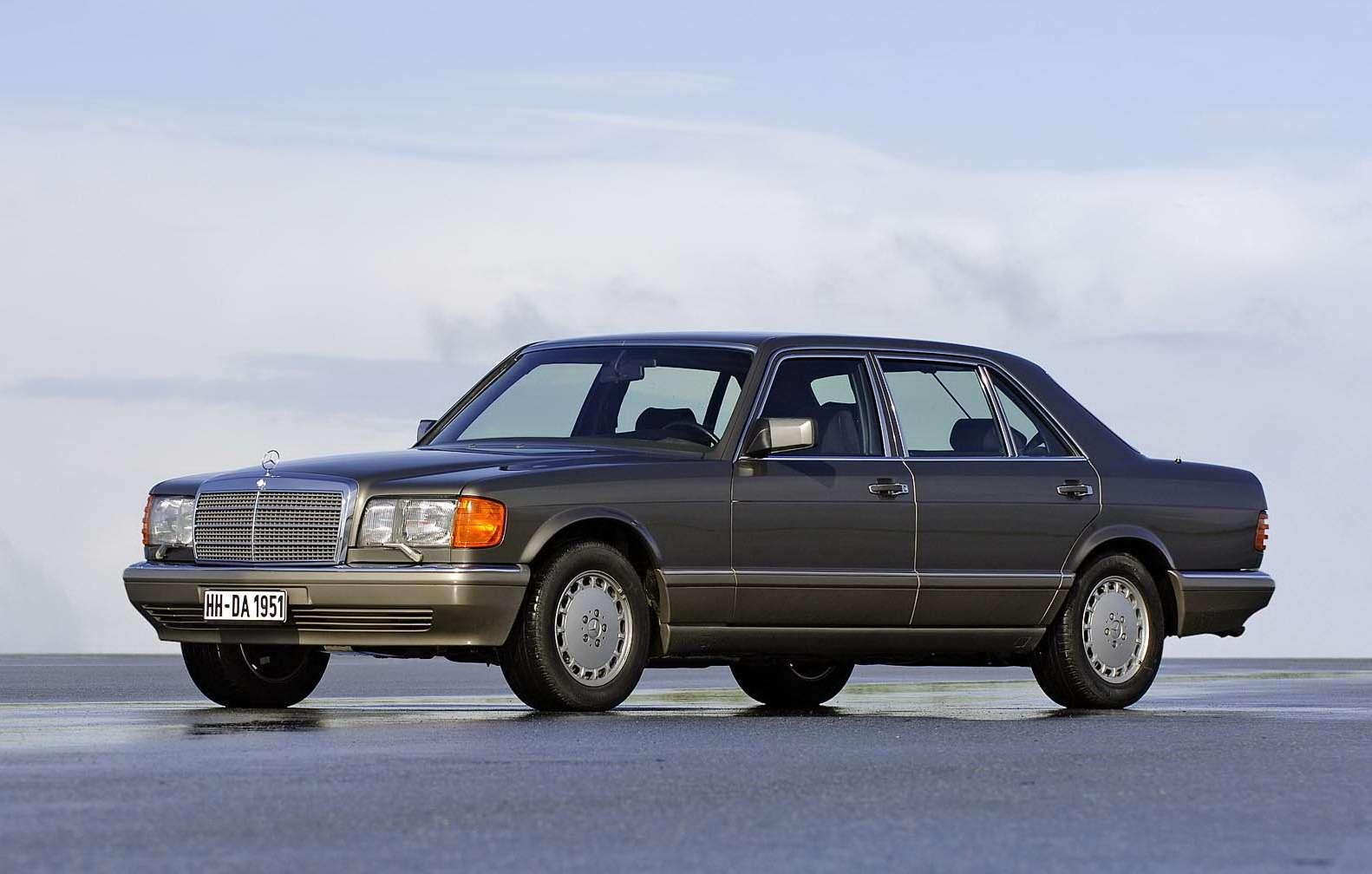Премиальный автомобиль за200 тысяч рублей: респект изпрошлого— фото 611124