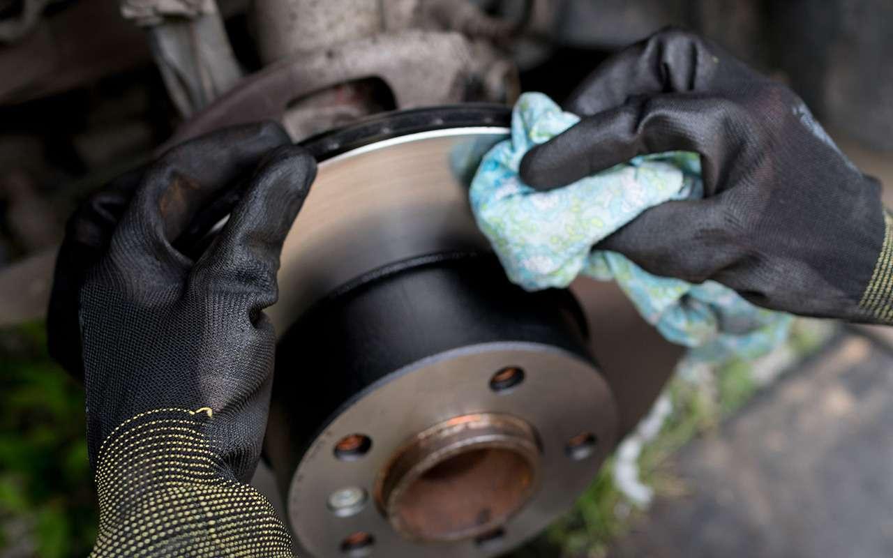 Очиститель тормозов увас есть? Азря— полезная штука вавтохозяйстве— фото 1263521