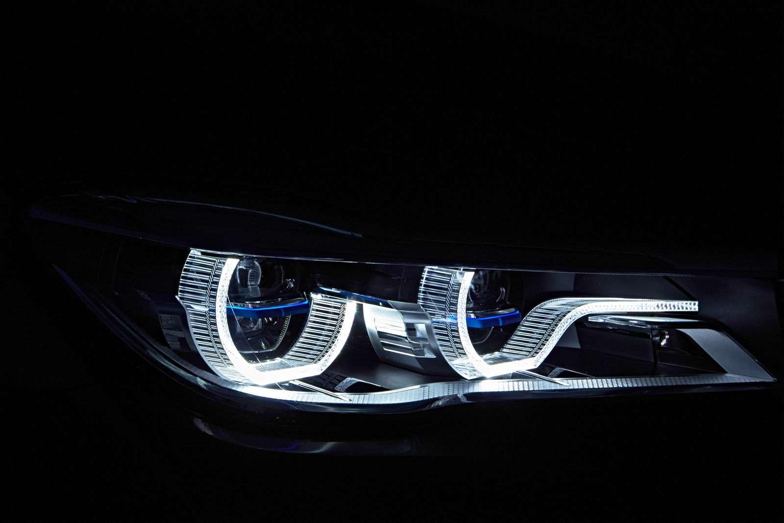 BMW_750Li_XDrive-110