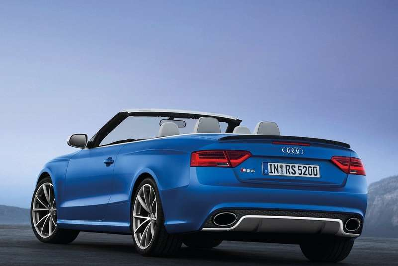 Audi RS5 Cabriolet side-rear view_no_copyright