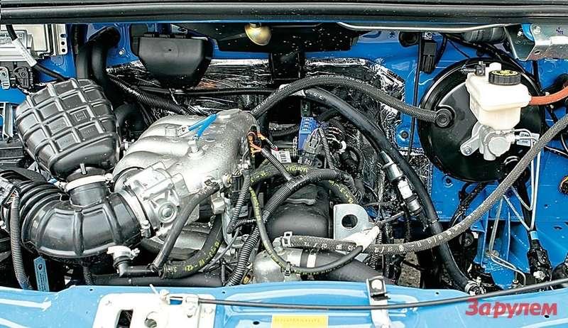 Впрысковой двигатель УМЗ, настроенный дляработы надвух видах топлива— бензине игазе. 2,89л, 220Н·м, 99,8 л.с. Налоговая ставка при мощности до100«лошадей»— минимальная.