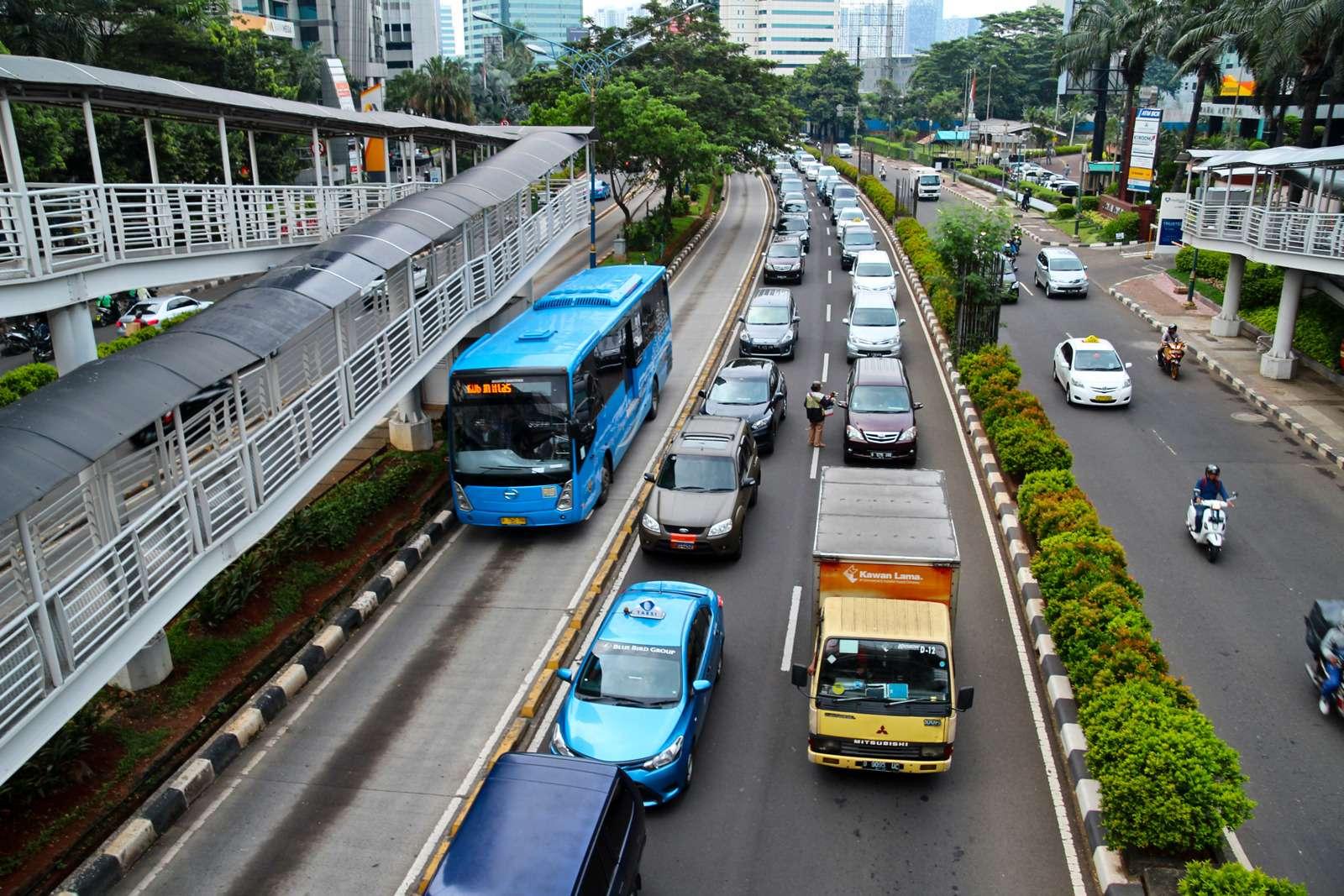 Полет наЯву: исследуем авторынок идороги Индонезии— фото 607891