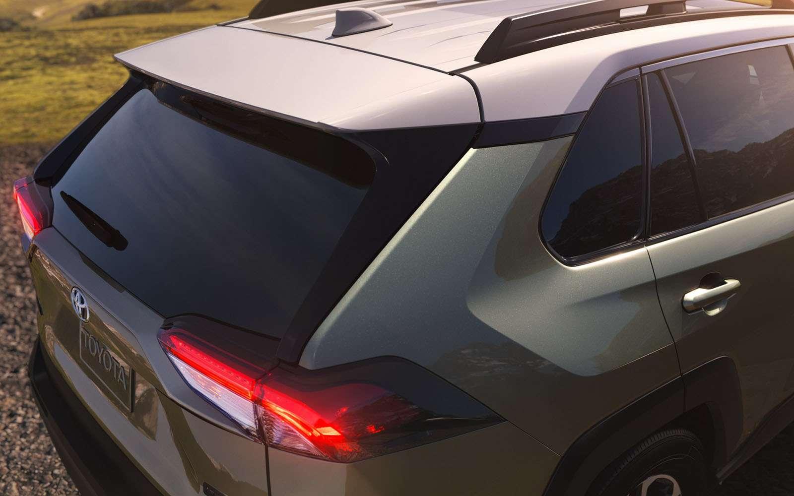 Новая Toyota RAV4: больше никакого унисекса!— фото 857650