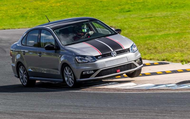 VWPolo GTпротив конкурентов: тест на«Смоленском кольце»