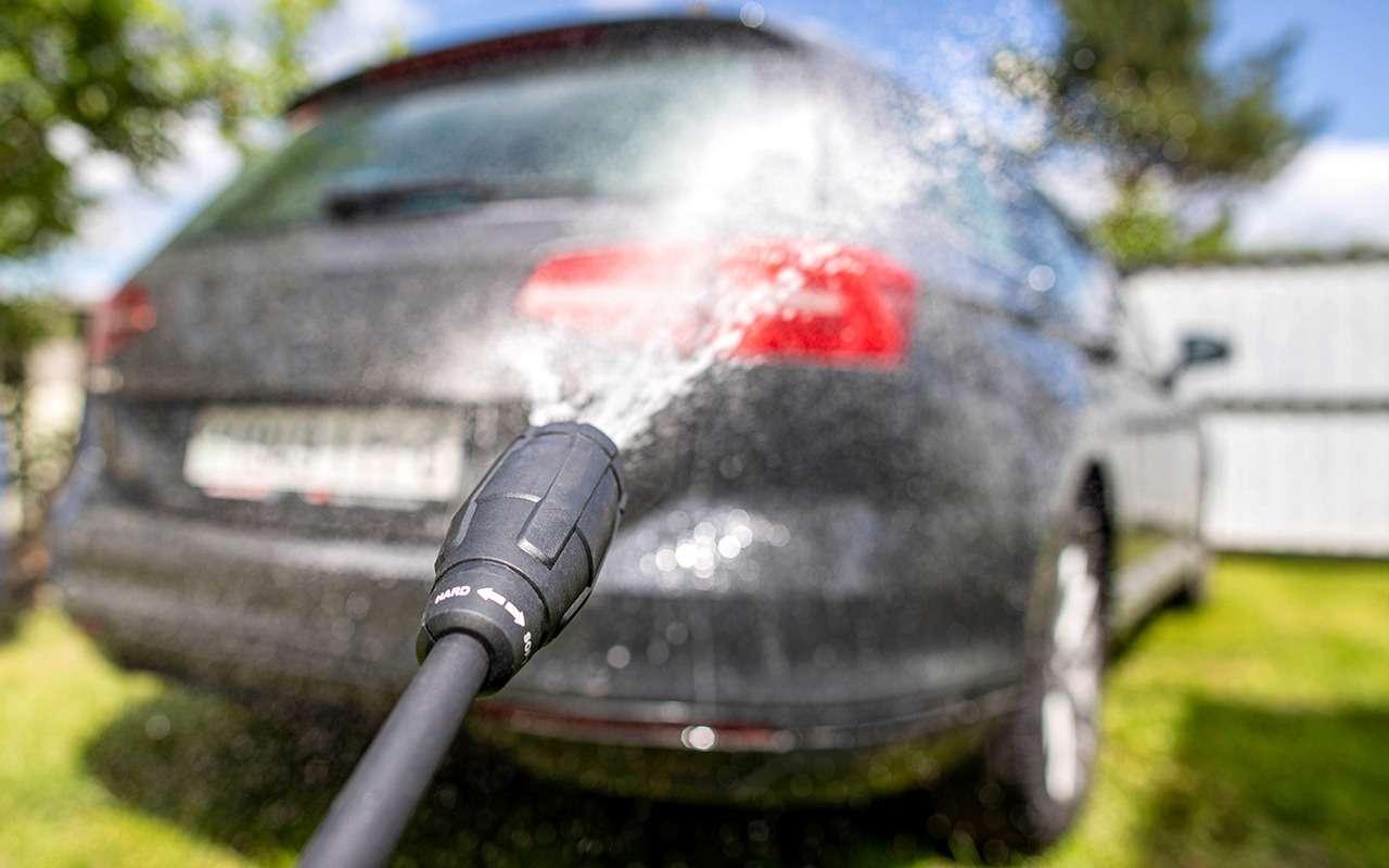 Все моют машины на даче — мне-то за что штраф?
