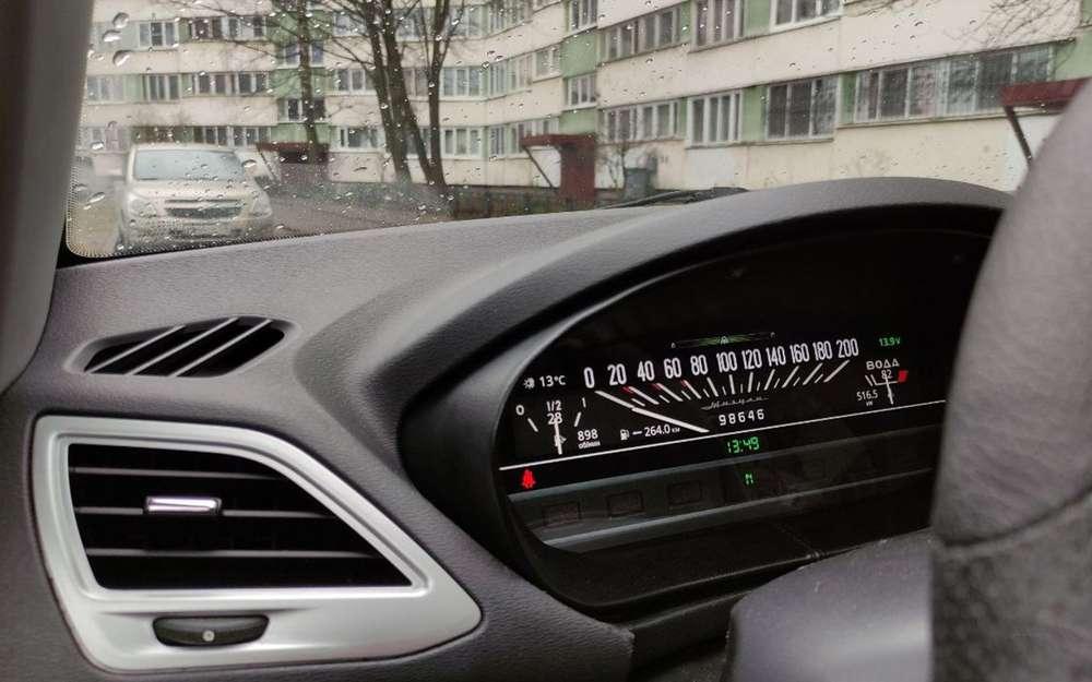 Для Lada Vesta и XRAY сделали цифровые приборы в духе ВАЗ-2101