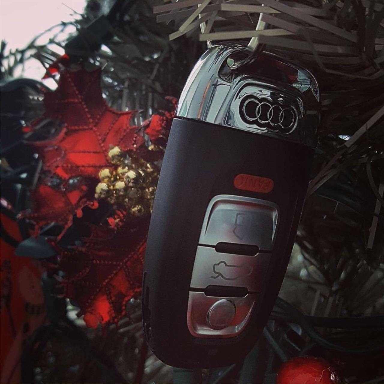 Необычные елки длянастоящих автолюбителей— фото 829206