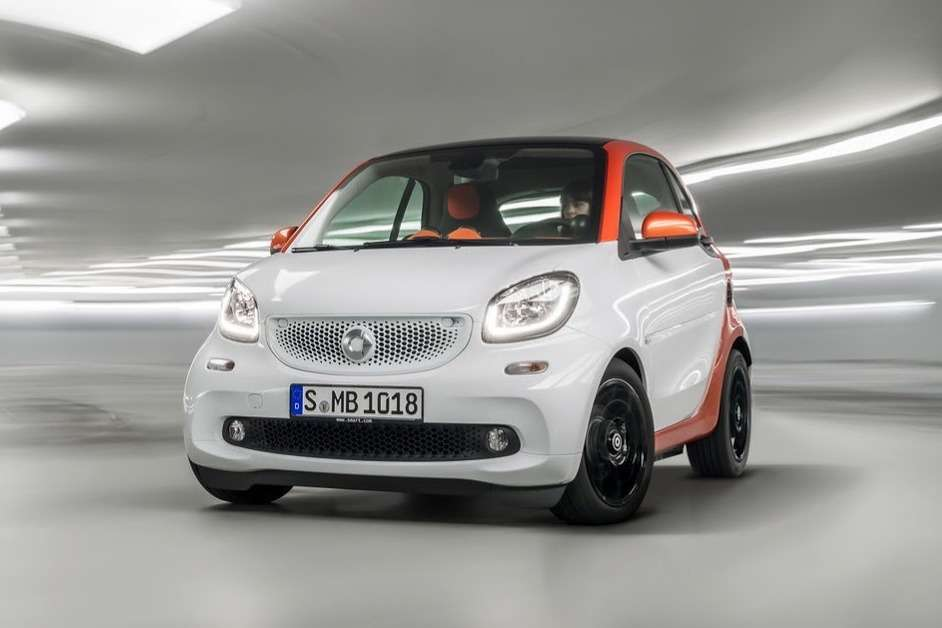 2015-Smart-ForTwo-ForFour-10