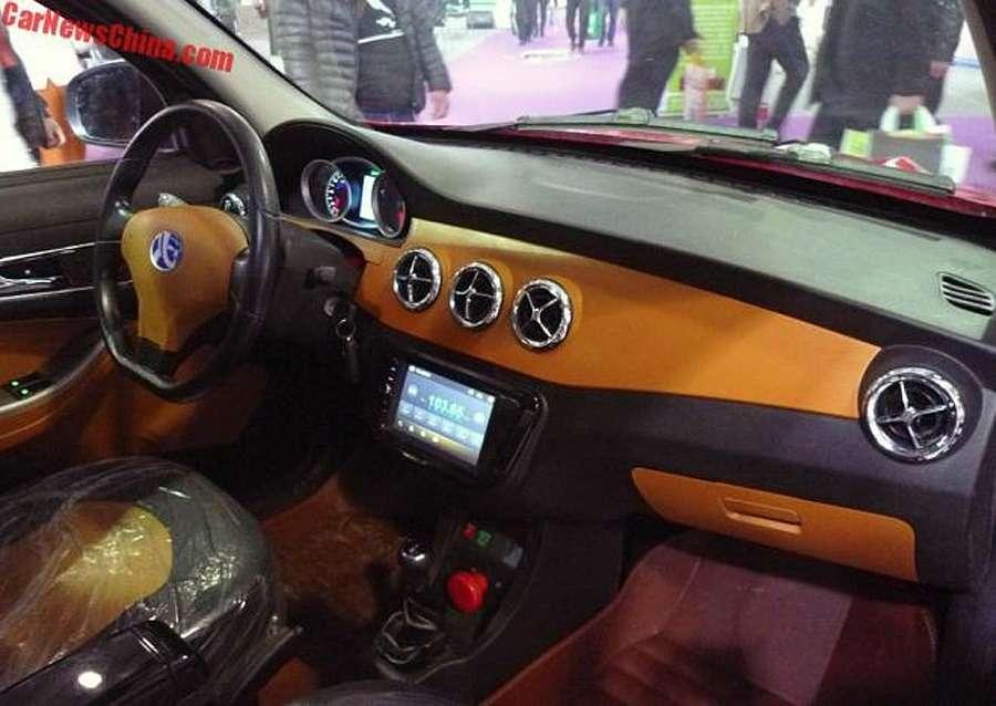 Перевернуть звезду: вКитае попытались клонировать Mercedes-Benz— фото 723297