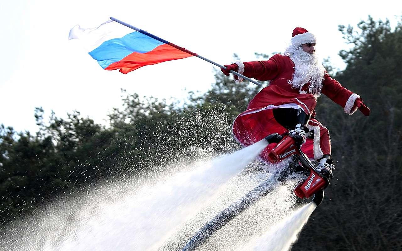 ДедМороз, Санта-Клаус иПер-Ноэль— весь ихгараж!— фото 826660
