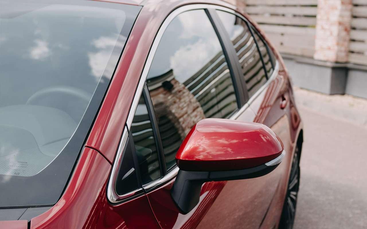 Toyota Corolla 2020: обновленные версии иновые цены— фото 1071101