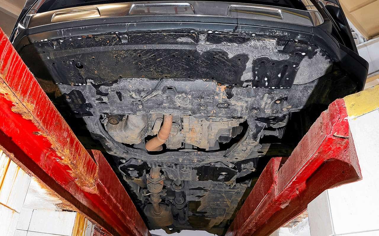 Новый VWTouareg, Land Rover Discovery иLexus RX350: большой тест-драйв— фото 899461