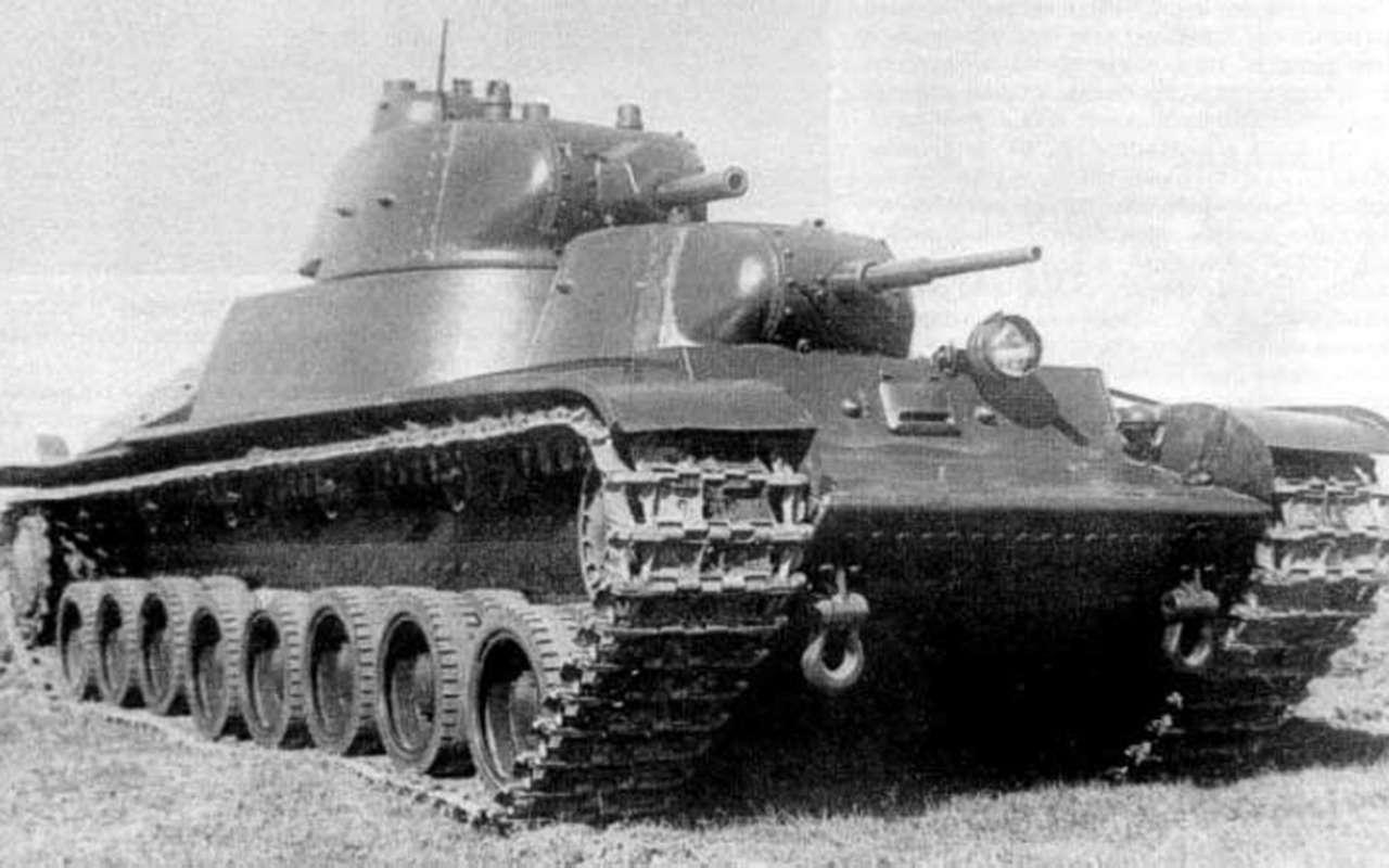 Экспериментальный советский танк: финны свинтили крышку люка— фото 1089021