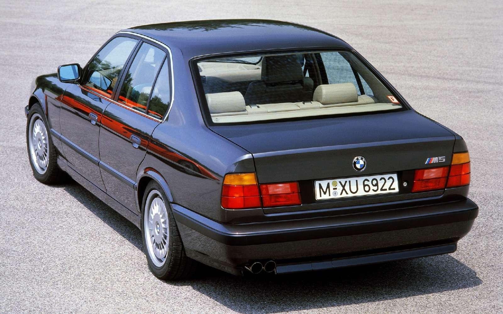 BMWM5не прощается, ноговорит досвидания— фото 611108