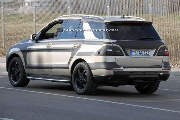 Mercedes-Benz ML2012_04_no_copyright