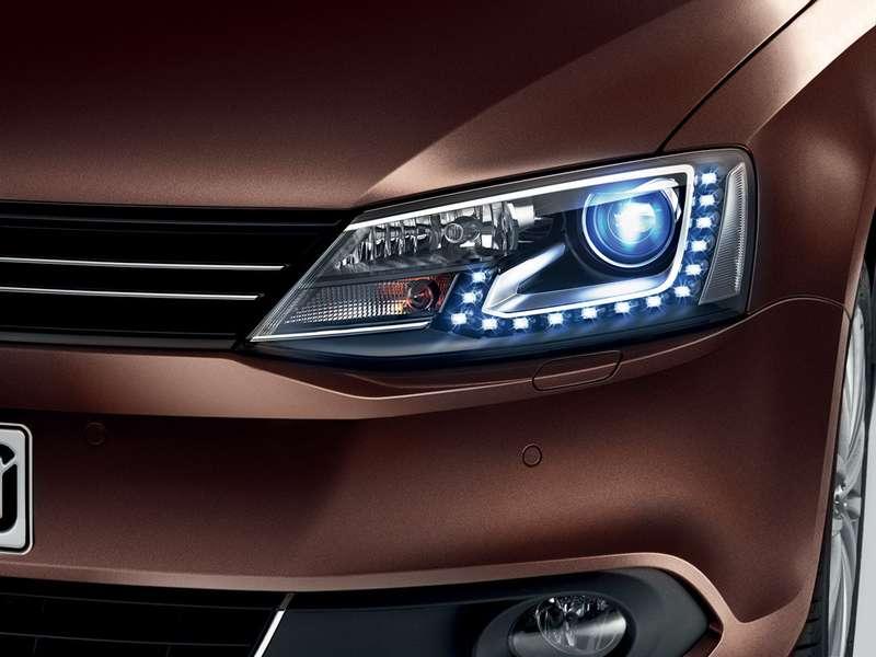 Volkswagen_Jetta_STYLE_Lights_no_copyright