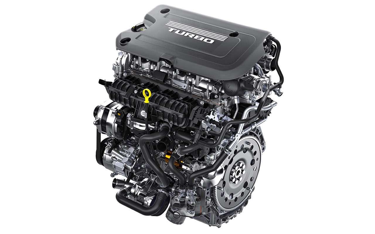 Cadillac XT4: тест-драйв без двух цилиндров— фото 924827