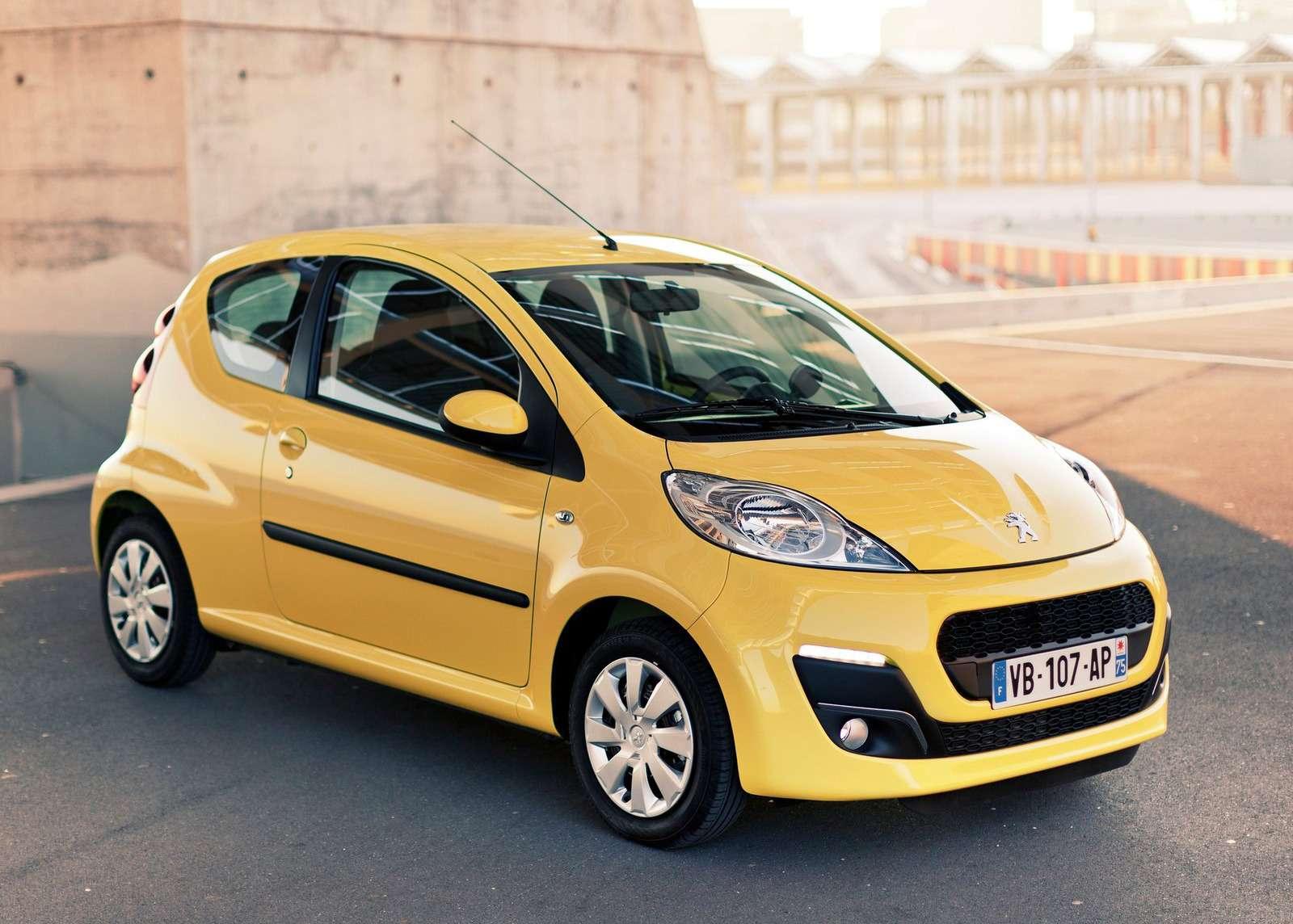 Peugeot-107_3-door_2013_1600x1200_wallpaper_01