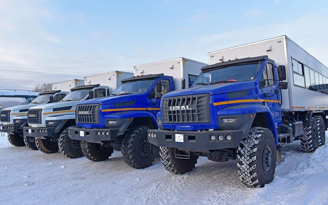 Новый внедорожный автобус Урал Берлога— как онустроен— фото 1223294