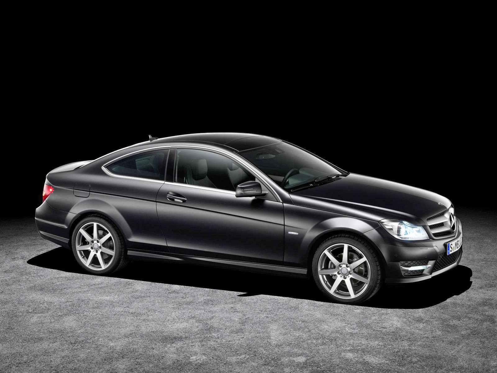Mercedes-Benz C 300 Coupe: купе-Ц — фото 581474