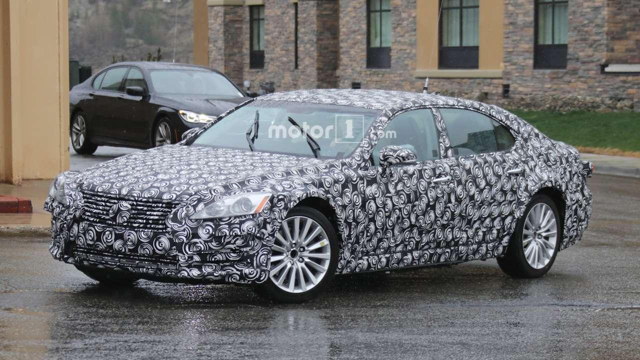 Lexus ESпороднится сПриусом— фото 588746