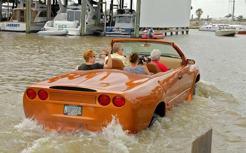 Автомобиль-амфибия WaterCar Python