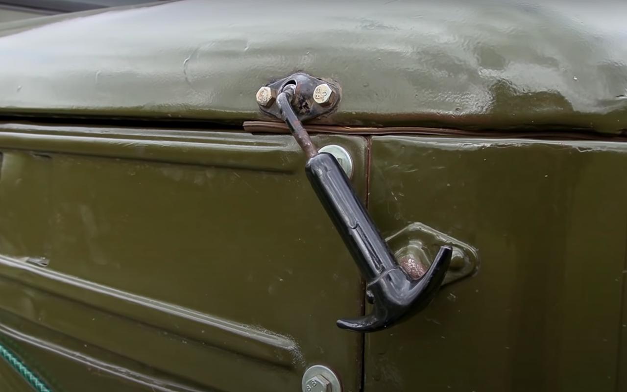 ГАЗ-69: кабриолет сдверьми нашпингалетах— фото 1245955