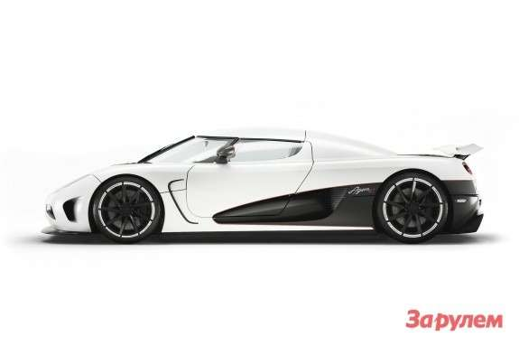 Koenigsegg Agera R side view
