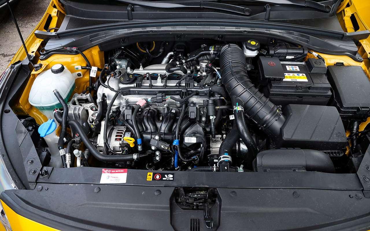 Новый Kia XCeed: сравнили две версии «почти кроссовера»— фото 1143620