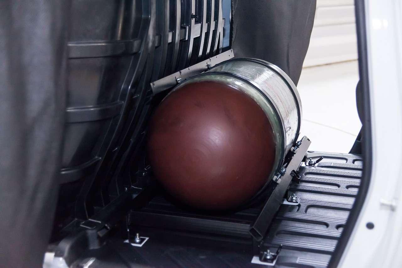 Больше тысячи километров без дозаправки: вТольятти запустили Ладу Largus CNG— фото 962838