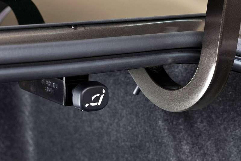 2014 Mazda3 Sedan 6[2] nocopyright (29)