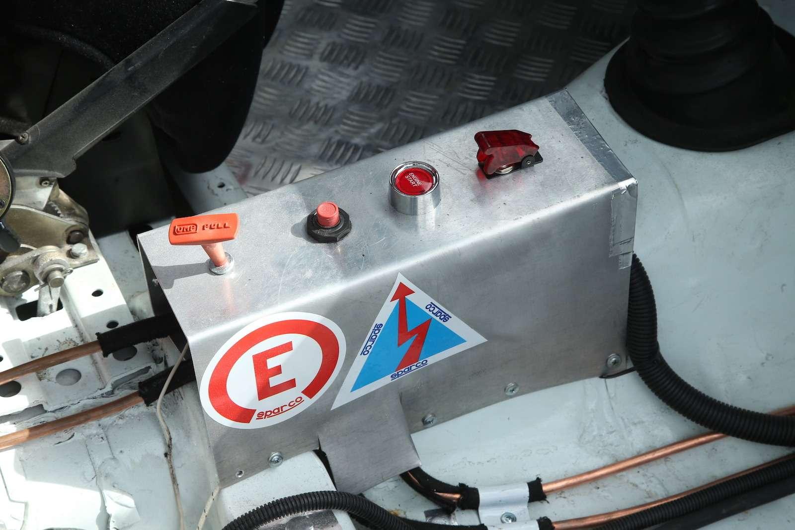 Болид ГАЗ-24«Зарулем» наMoscow Classiс Grand Prix— фото 608323