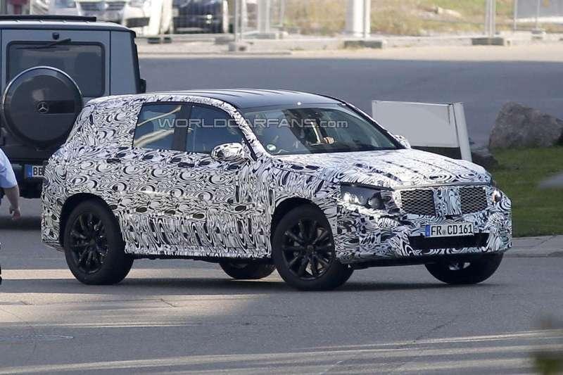 Тестовый прототип нового Mercedes-Benz GLK-class