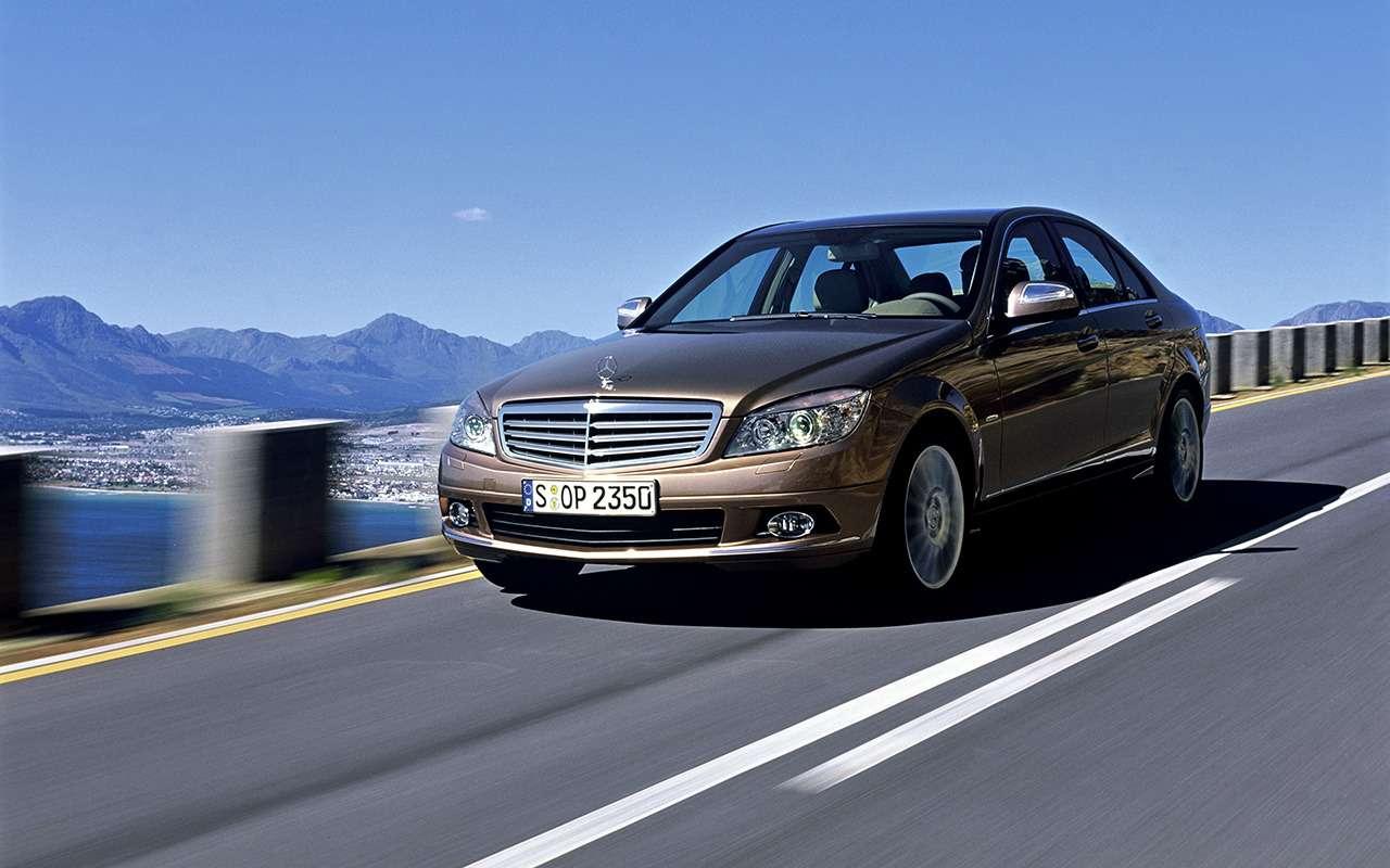 Mercedes C-класса иконкуренты: что брать сегодня навторичке— фото 1278158